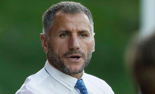Inter-valmentaja Shefki Kuqi puhui suunsa puhtaaksi tuomareista.