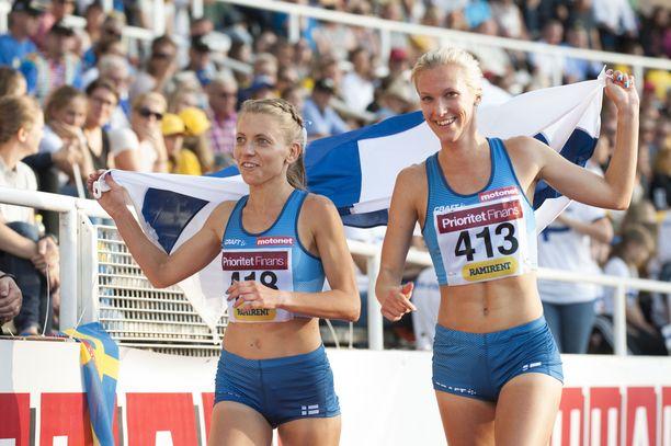Janica Rauma ja Camilla Richardsson ottivat kaksoisvoiton kolmen tonnin esteissä.