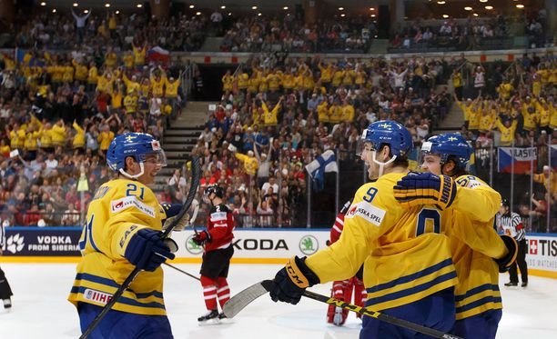 Ruotsin otteluissa on riittänyt väkeä ja tunnelmaa.
