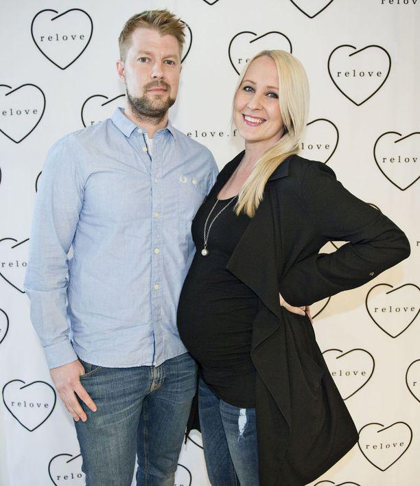 Lauri ja Elina Kottosen perhe täydentyi tyttövauvalla.