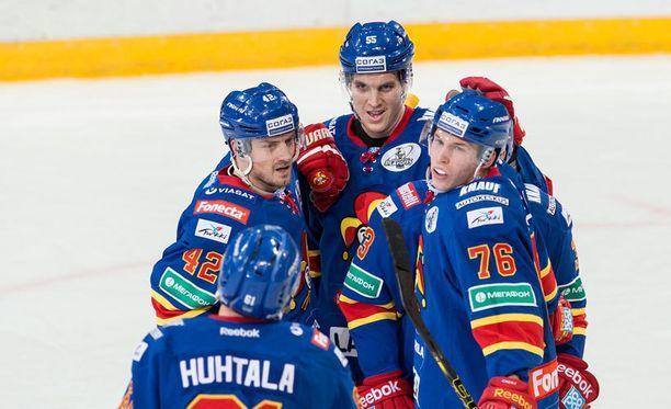 Jokerit eteni musertavalla esityksellä KHL:n konferenssivälieriin.