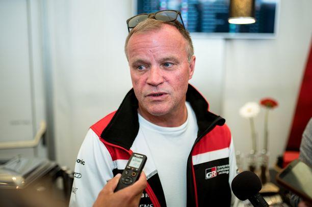 Tommi Mäkinen ei halua Toyotalle isoa kuljettajarinkiä.