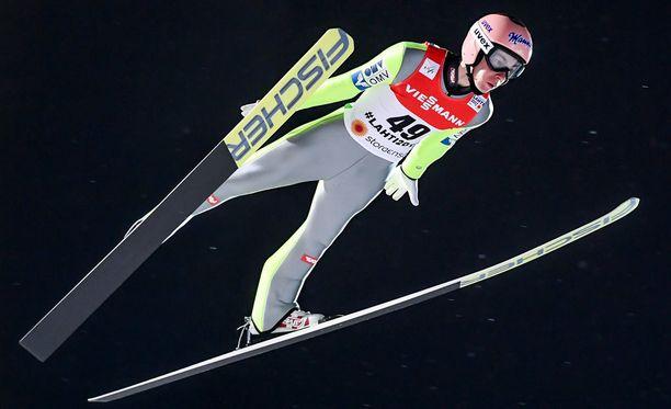 Stefan Kraft voitti MM-kultaa.
