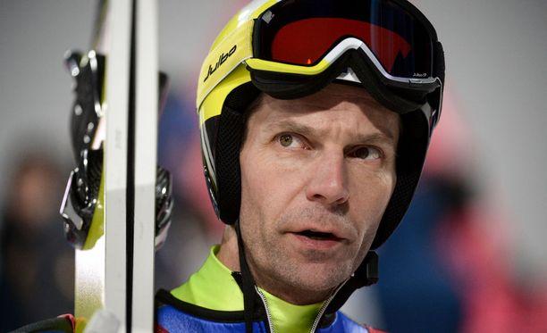Janne Ahonen ei ole mukana mäkimaajoukkueen kesän harjoitusryhmässä, mutta mies saatetaan nähdä kilpailuissa ensi kaudellakin.