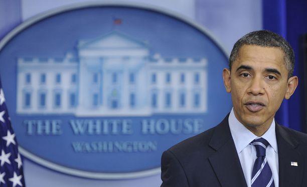 Yhdysvaltain presidentin Barack Obaman kotona sattuu ja tapahtuu.  Henkilökuntaan kuuluvan miehen loukkaantumisesta uutisoitiin tiistaina. 49dd362181
