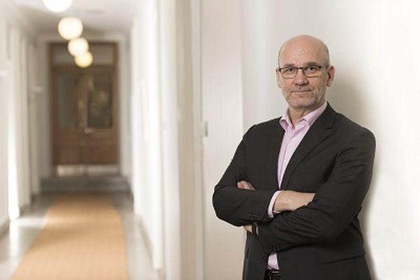 Apulaisoikeuskansleri Mikko Puumalainen on tyytymätön Omakanta-palvelun rajauksiin, josta estävät huoltajia näkemästä lastensa terveystietoja.