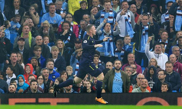 Wayne Rooney teki uransa 200. Valioliiga-maalin.