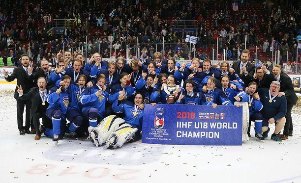 Suomi voitti sunnuntaina alle 18-vuotiaiden MM-kultaa.