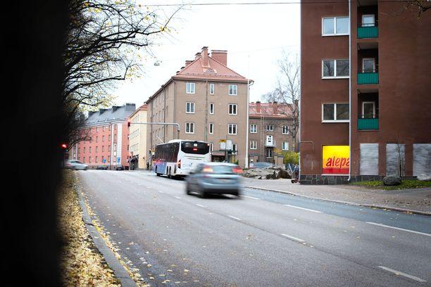 Puukotus tapahtui lauantaina yöllä Helsingin Vallilassa.