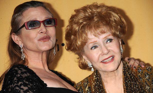 Carrie Fisher ja Debbie Reynold haudataan samaan paikkaan.