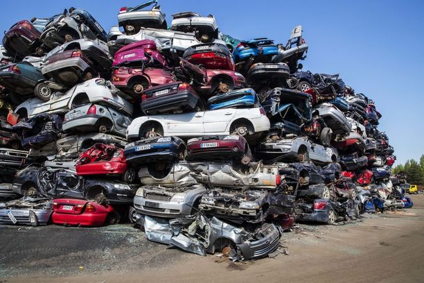 Romutuspalkkiolla paalattiin tänä vuonna reilut 6 700 autoa, mutta rahaa jäi vielä käyttämättä.