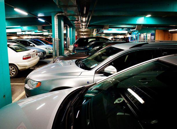 Oman auton löytäminen parkkihallista voi olla joskus työlästä.