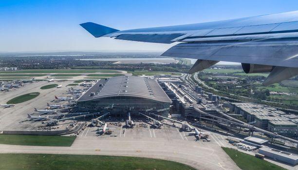 Lontoon Heathrow palveli vuonna 2018 noin 80 miljoonaa matkustajaa. Kuvassa lentoaseman terminaali 5.