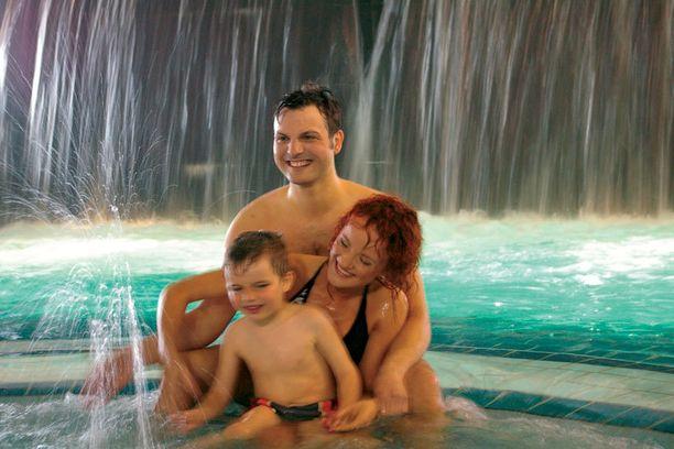 Virossa on paljon kylpylöitä, joista monet sopivat koko perheelle.