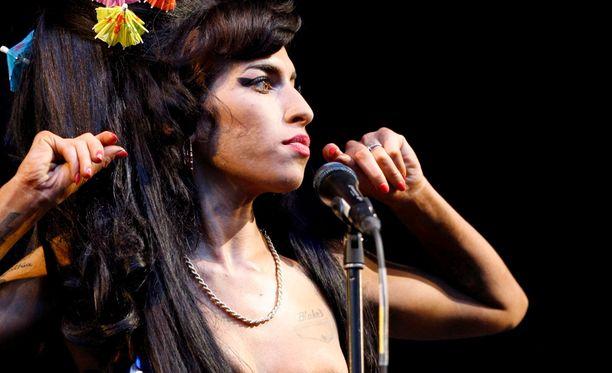 Amy Winehouse nousi palkintoraadin listoilla yllättävänkin korkealle.
