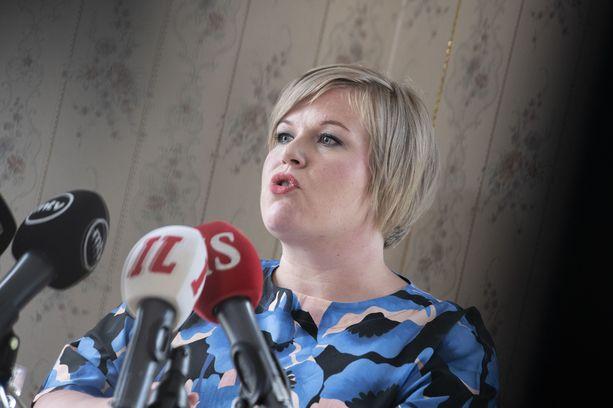 Kansanedustaja ja tuleva ministeri Annika Saarikko kertoi ehdokkuudestaan tiedotustilaisuudessa Helsingissä torstaina.