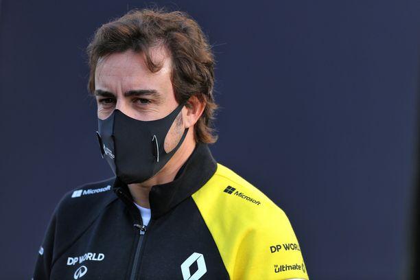 Fernando Alonso palaa F1-auton rattiin.