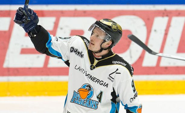 Juha Leimu laukoi kaksi maalia seitsemän minuutin peliajalla.