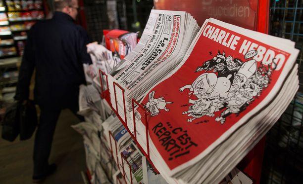 Ensin terroristit iskivät Charlie Hebdo -lehden toimitukseen. Tilanne päättyi panttivankidraamaan kosher-kaupassa kaksi päivää myöhemmin.