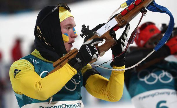 Ruotsin Sebastian Samuelsson teki ampumahiihtojytkyn Koreassa.
