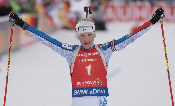 Kaisa Mäkäräinen tavoittelee tänään uransa kuudetta MM-mitalia.
