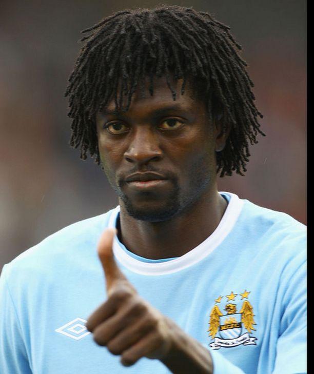 Emmanuel Adebayor siirtyi Manchester Cityyn Arsenalista. Hänelle City maksaa lähes 200 000 euroa viikossa.