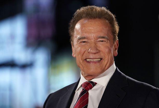 Arnold Schwarzeneggerin poika on tullut isäänsä.