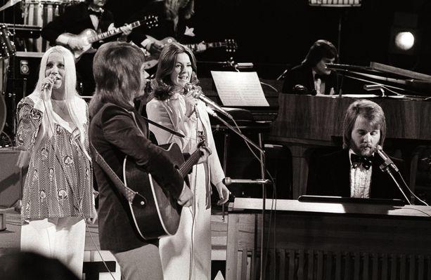 Olle Holmquist soitti ABBA-yhtyeen taustalla pasuunaa.