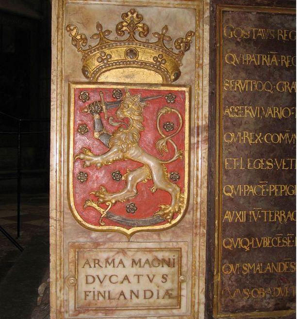 Yksi vanhimmista säilyneistä leijonavaakunoista löytyy Kustaa Vaasan hautamonumentista, joka valmistui vuonna 1591.