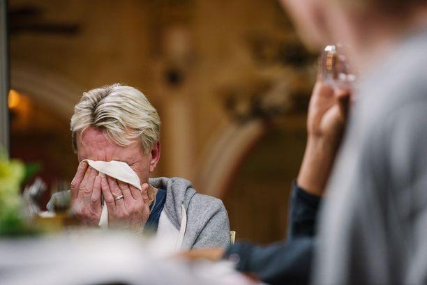 Edes Matti Nykäsen kyyneleet eivät keränneet katsojia kuin kourallisen.