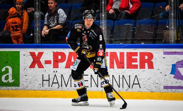 Niklas Hagmanin uran toinen visiitti Ouluun jäi varsin lyhyeksi.