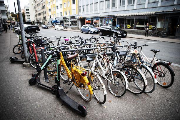 Alkava polkupyöräliikenne on varma kevään merkki.