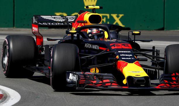 Max Verstappenin vauhti oli perjantaina kohdillaan.