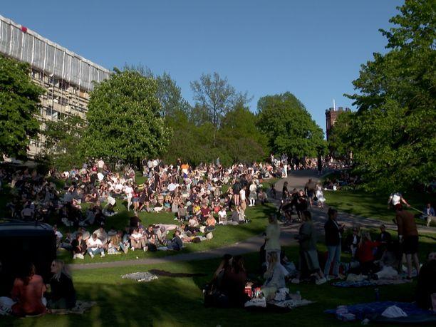 Sinebrychoffin puisto kuvattuna 30. toukokuuta 2020.