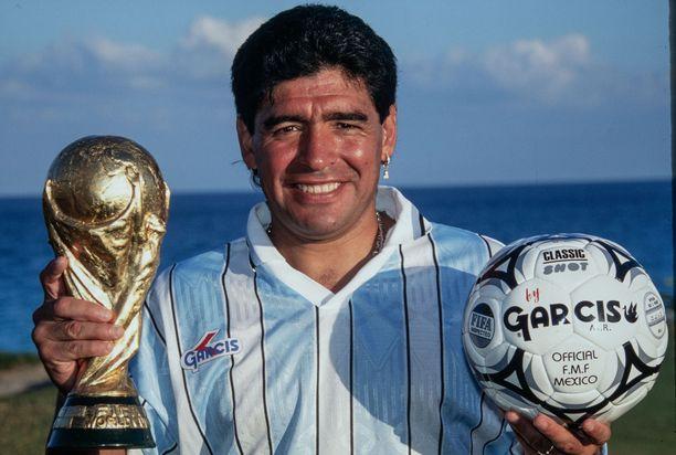Diego Maradonaa pidetään yhtenä jalkapallohistorian parhaista pelaajista.