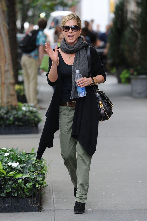 Jenniferin tyylinäyte vuodelta 2011