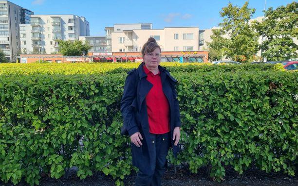 Maria Ronkainen on nyt puutarha-alalla.