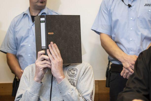 Miehet tuomittiin torstaina Saksan Detmoldissa, Nordrhein-Westfalenin osavaltiossa.