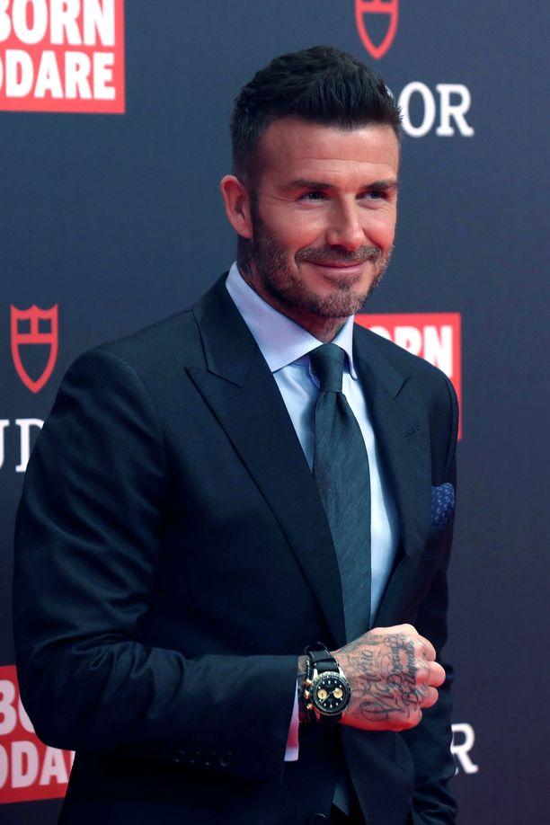 David Beckham on löytänyt mehiläistarhauksen ilot.