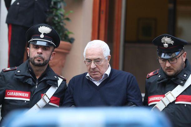 Carabinierit pidättivät mafiapomo Settimino Mineon tiistaina Palermossa.