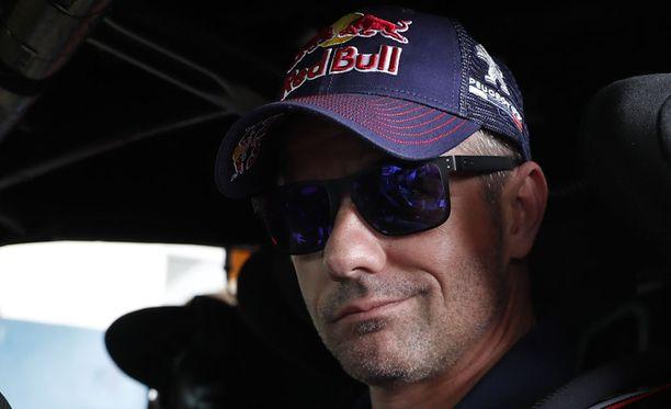 Sebastien Loeb kellottaa paineettomassa tilassa kovia ek-aikoja. Arkistokuva tammikuulta Dakar-rallista.