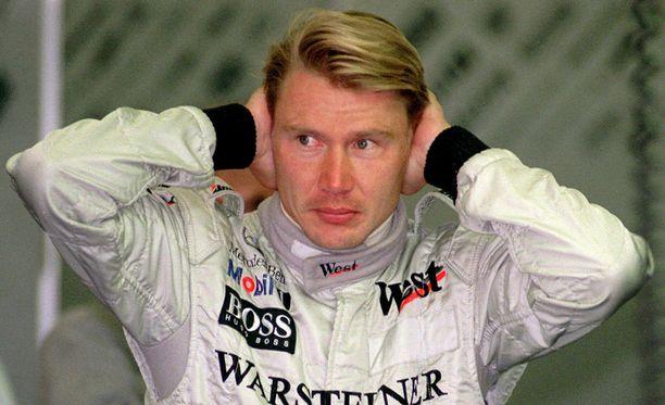 Mika Häkkinen voitti formula ykkösten maailmanmestaruuden vuosina 1998 ja 1999.
