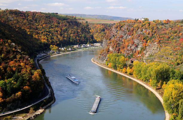 Saksan Rein on suosittu jokiristeilyjen kohde.