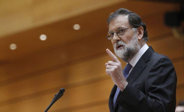 Espanjan pääministeri Mariano Rajoy ilmoitti, että Katalonian aluehallitus on erotettu.