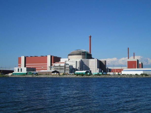 Uhka 5: Vakava ydinvoimaonnettomuus Suomessa tai lähialueilla.