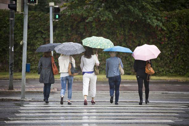 Sateet voivat olla vähäisempiä lauantaina. Kuvituskuva.