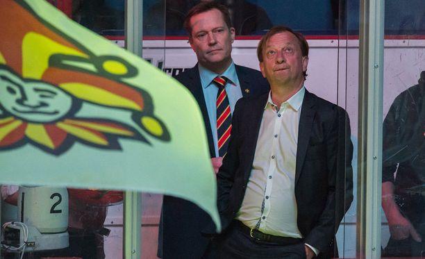 Jukka Kohonen (vasemmalla) ja Harry Harkimo ovat luottavaisia, ettei Yhdysvaltojen asettamalla Venäjän-vastaisella pakotelistalla ole vaikutusta Jokereihin.