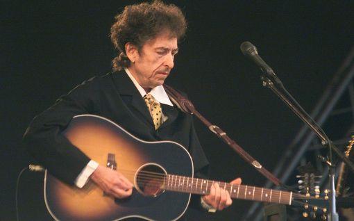 Bob Dylan myi kaikki kappaleensa - ostaja maksoi hurjan summan