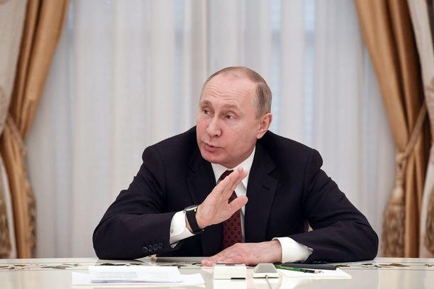 Vladimir Putin valittiin neljännelle kaudelleen yli 76 prosentin äänisaaliilla.