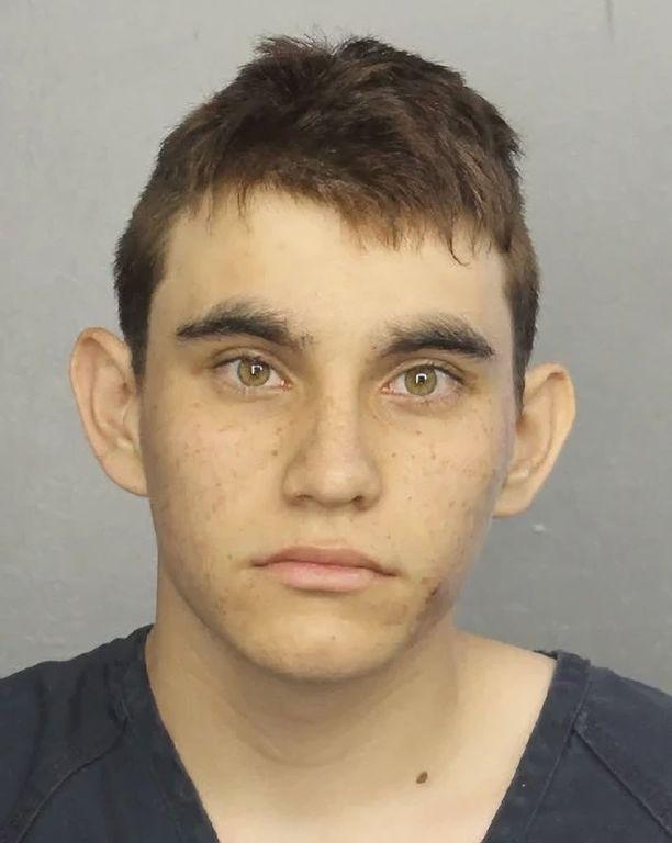 Nikolas Cruz on tunnustanut tekonsa. Oikeus on määrännyt hänet vangittavaksi ilman takuita.